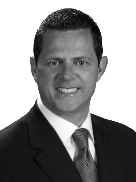 Greg Conley,Director Financiero – JLL Americas y JLL Global Capital Markets
